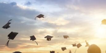 四部门:为高校毕业生提供更多中小学教师岗位