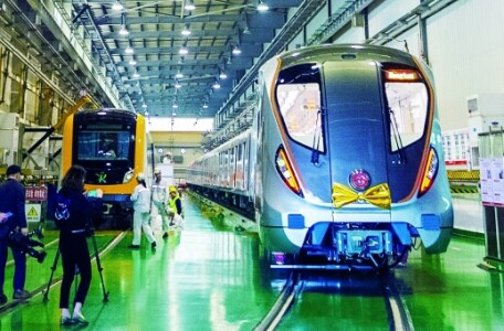最高等级全自动地铁列车株洲下线