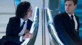 《黑衣人:全球追缉》今日上映 锤哥激战外星人