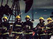 献礼八一建军节 新疆消防兵拍酷炫宣传海报