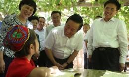 许达哲率湖南省党政代表团赴新疆吐鲁番考察对口支援工作