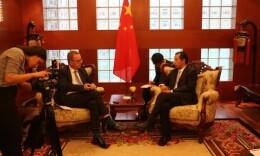 瑞典警方称中国游客没违法、瑞典警察也没违法 驻瑞大使回应