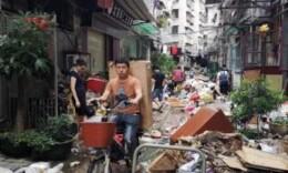 """台风余威致多地暴雨 凶悍的""""山竹""""会被除名吗?"""