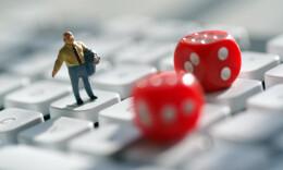 网络直播暗藏赌局:118人涉及21省份 赌资3.4亿