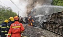 T179次列车脱轨事故一名铁路乘警殉职,车上共654名旅客