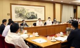 湖南代表团分组审议全国人大常委会工作报告 杜家毫许达哲等作讨论发言