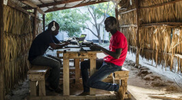 不吹不黑 走进真实的非洲肯尼亚卡库马难民营