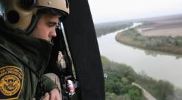 特朗普就职在即 美国边境人员加强巡逻