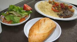 外国学生都在吃什么 18国饭堂伙食逐个看