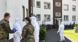 """德国北威州两县因肉联厂聚集性疫情实施""""封城"""""""