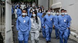 巴西圣保罗关闭一座体育场方舱医院