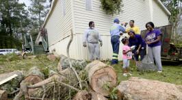 """美国:飓风""""德尔塔""""过后"""