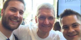 苹果CEO宣布出柜:为同性恋者感到自豪