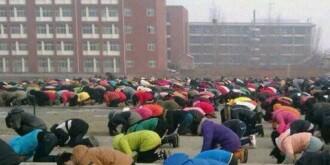 河南一中学要求学生跪拜孔子 早上5点组织读道德经