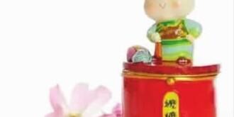 """当故宫开始用文化创意""""卖萌""""  """"帝王""""变身网红,盈利能力爆表"""