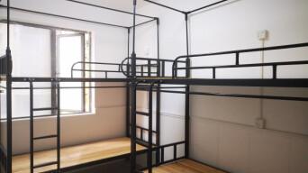小区大事 115平方米塞进了24个床位!长沙一小区群租房乱象引发市民担忧
