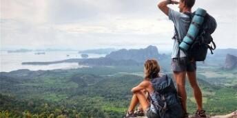 旅游舆情:多地景区免票折射旅游产业迫切需要升级