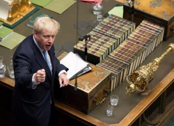 新首相上任 英国能否打破脱?#26041;?#23616;
