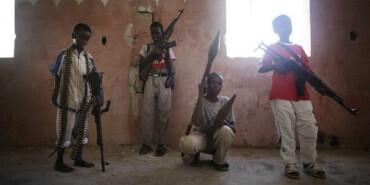 最令人悲哀的战争工具:童子军