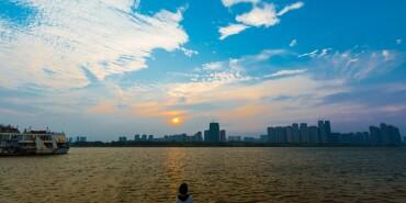 摄在长沙:湘江边风光无限好