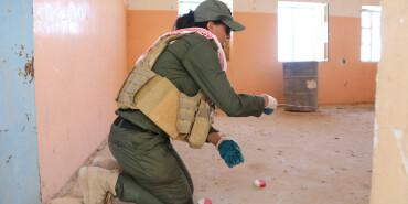 对不起 妈妈去排雷了——记伊拉克雅兹迪排雷团队