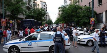 希腊前总理帕帕季莫斯因邮件炸弹受伤