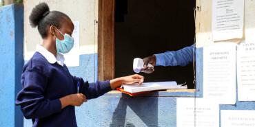 乌干达:重回校园
