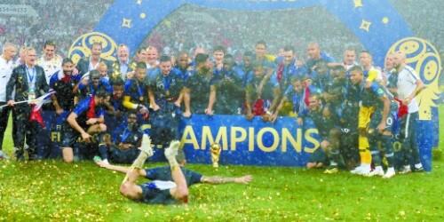 4比2击败克罗地亚 时隔20年法国再夺世界杯冠军
