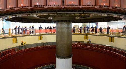 湖南最大常规水电机组检修