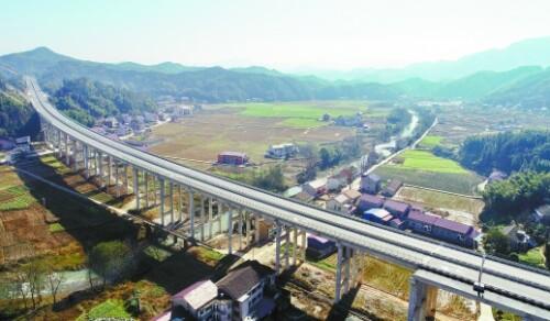 安化县城通高速了