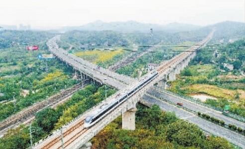 长株潭城铁新运行图启用