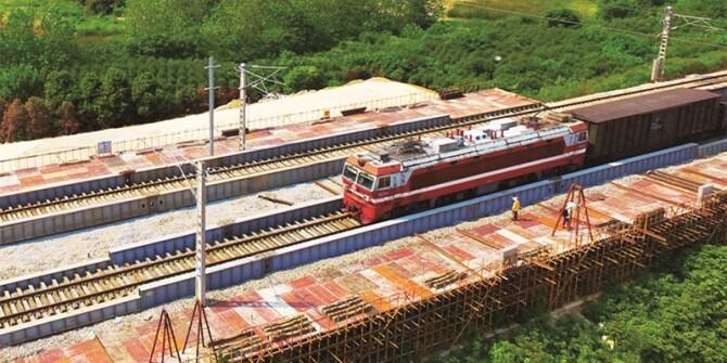 长沙地铁4号线下穿石长铁路