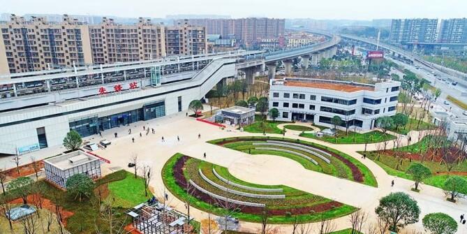 长株潭城铁先锋站西广场开放 月底将提供380个地下停车位