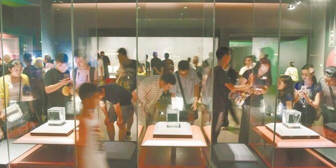 省博物馆迎暑期参观高峰