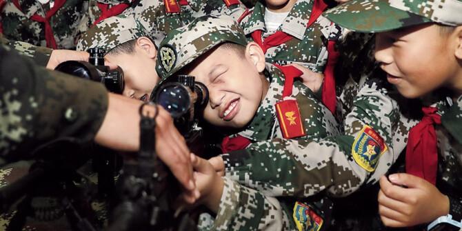 走进绿色军营 增进爱国情怀