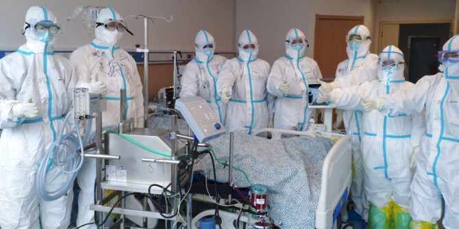湖南医疗队首次使用ECMO技术成功救治新冠肺炎患者