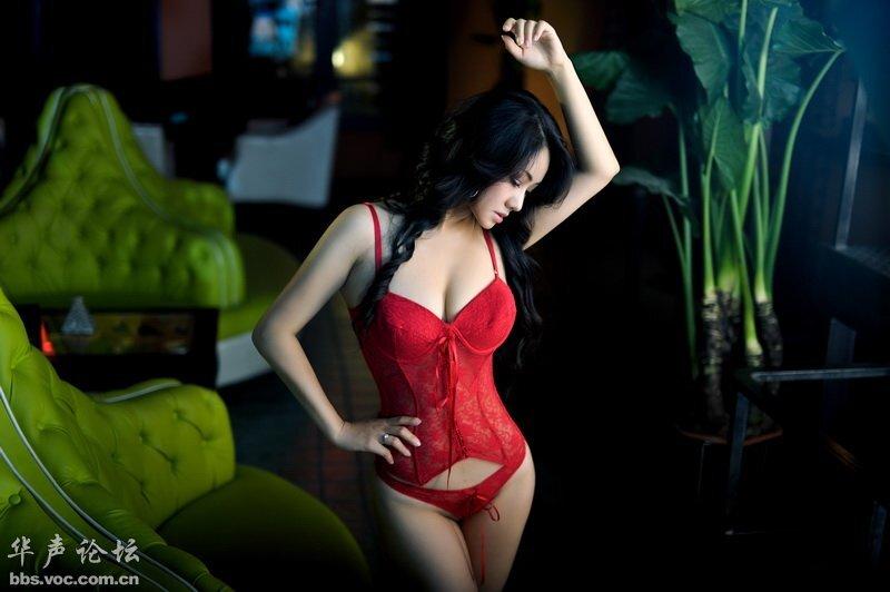某品牌内衣代言模特 美女人体艺术