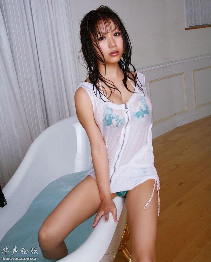 日本美女西田麻衣湿身喷血性感照贴图 美女