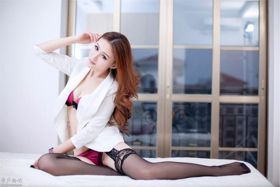 【美图共享】◆ 美女欢欢诱惑写真横 美女人