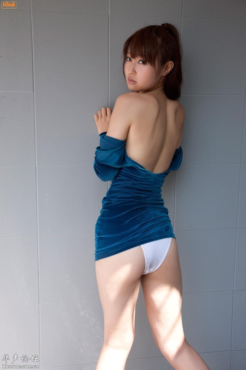 蓝色紧身衣的极品尤物[贴图] - 美女人体艺术_美