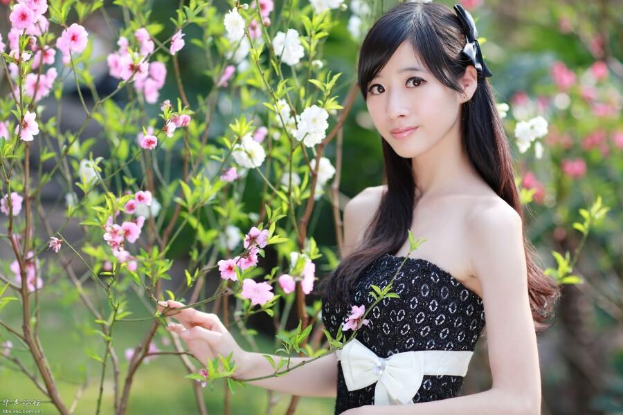【美图共享】◆ 桃花仙子 美女人体艺术