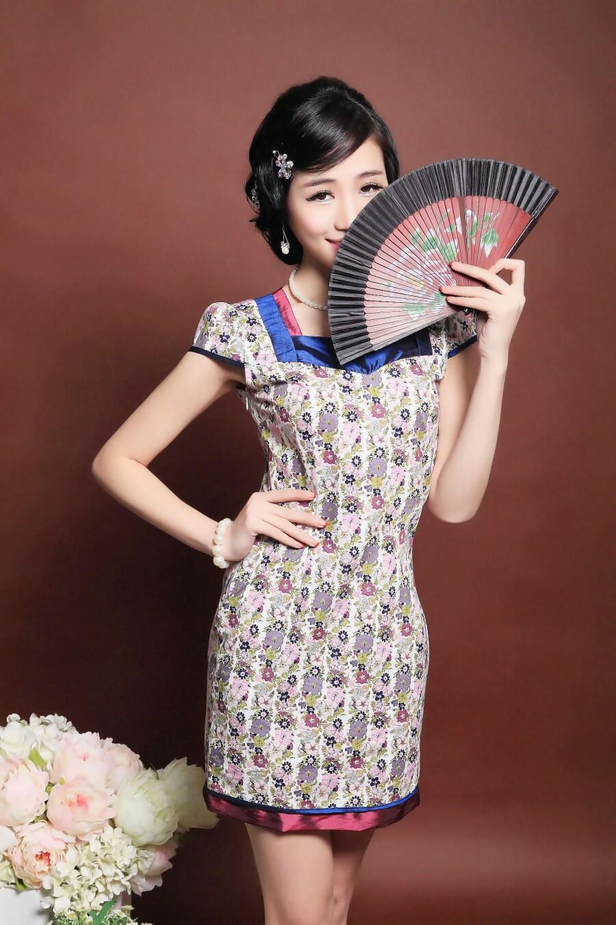 时尚性感优雅标致美女 - 芳芷香惠 - 芳芷香蕙欢迎你