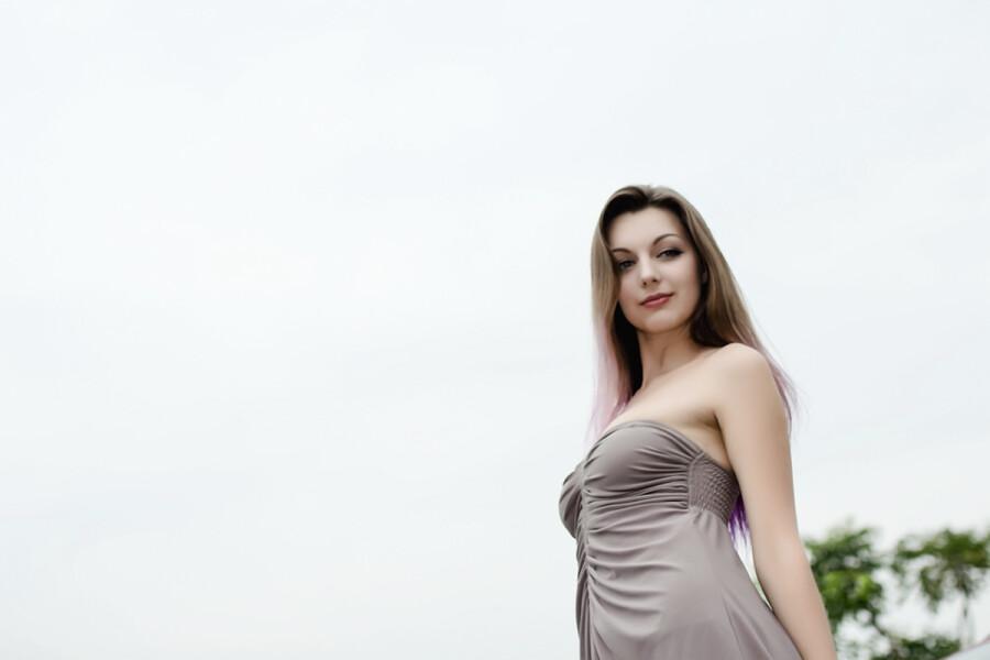 【美女相册】 乌克兰美女模特 【9P】转帖