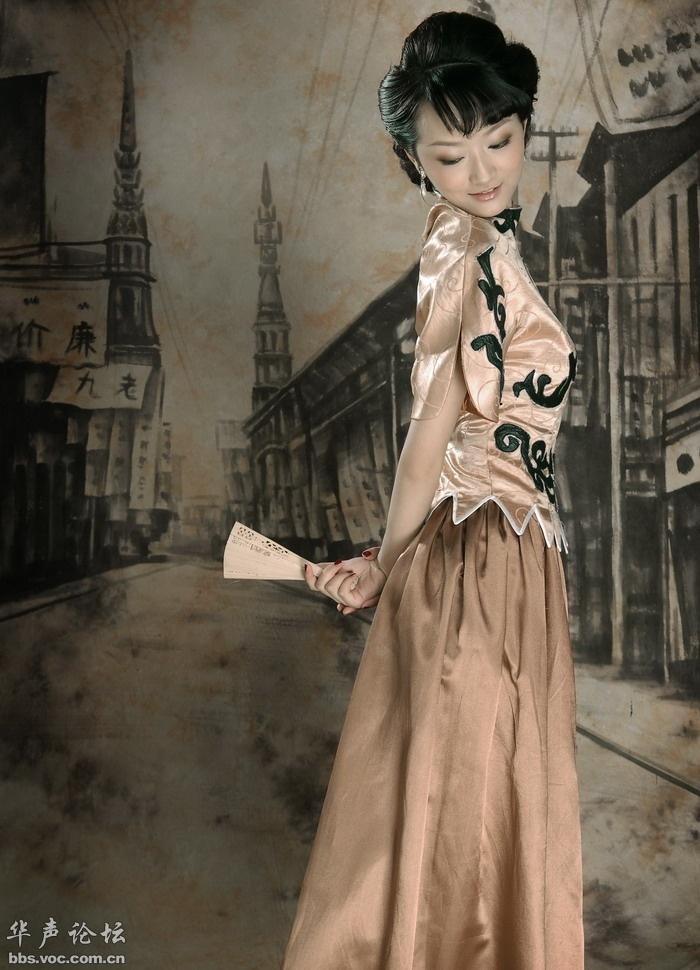 老上海背景的旗袍美女 美女人体艺术