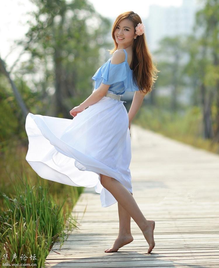 赤脚女孩 美女人体艺术 美女诱惑