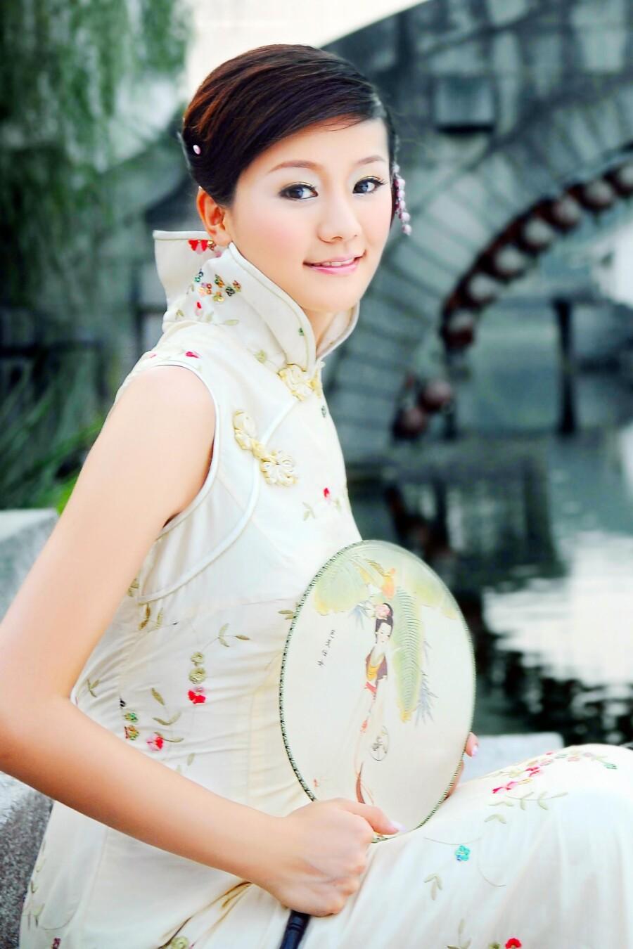 水乡的旗袍美女 - 春晖 - 春晖的博客