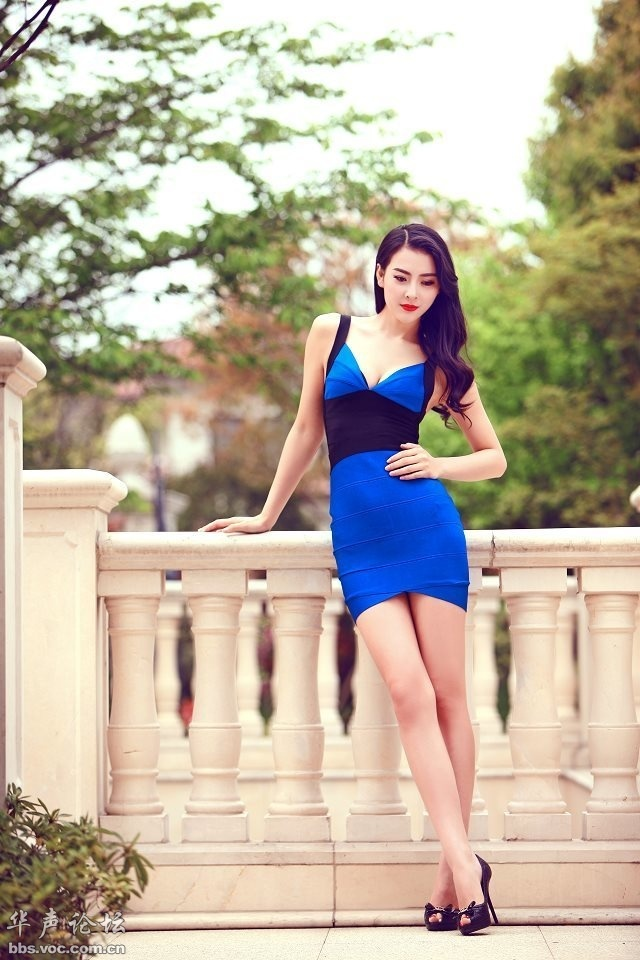 气质模特吴丹