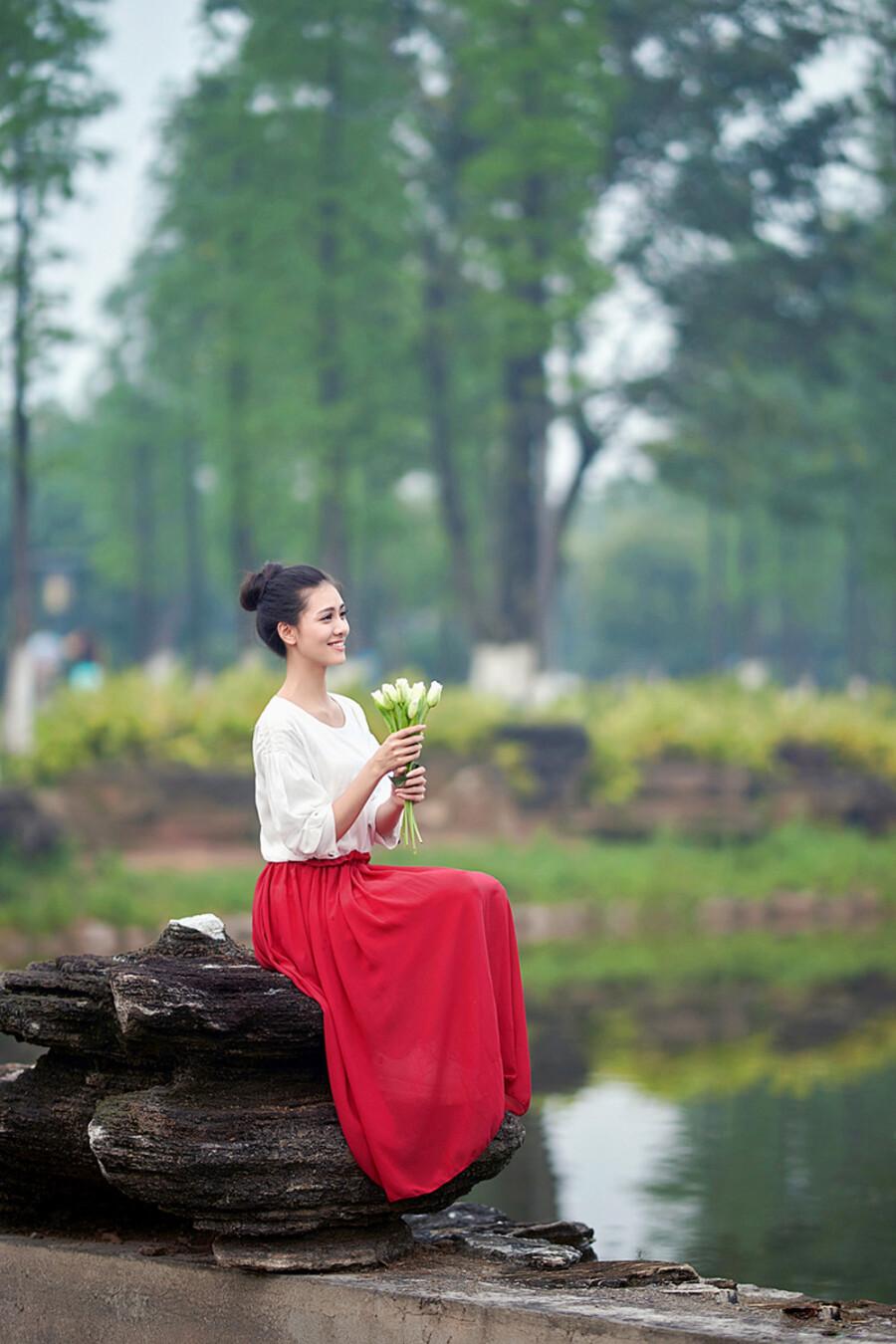 爱的世界只有你 - 春色满园 - 春色满园