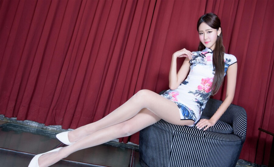 【古装及旗袍素材篇】漂亮美腿旗袍秀之3 - 浪漫人生 - .