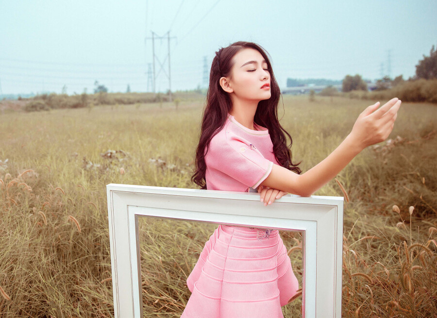 粉红女郎 - 春色满园 - 春色满园